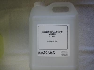 Gedemineraliseerd water us 5-8 5 liter